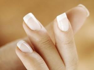 Для сохранения здоровья ногтей не сделает делать маникюр часто