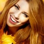 Как правильно ухаживать за волосами в осенний период?